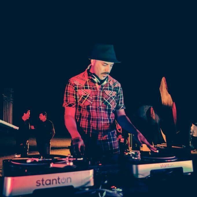 DJ ANDINO